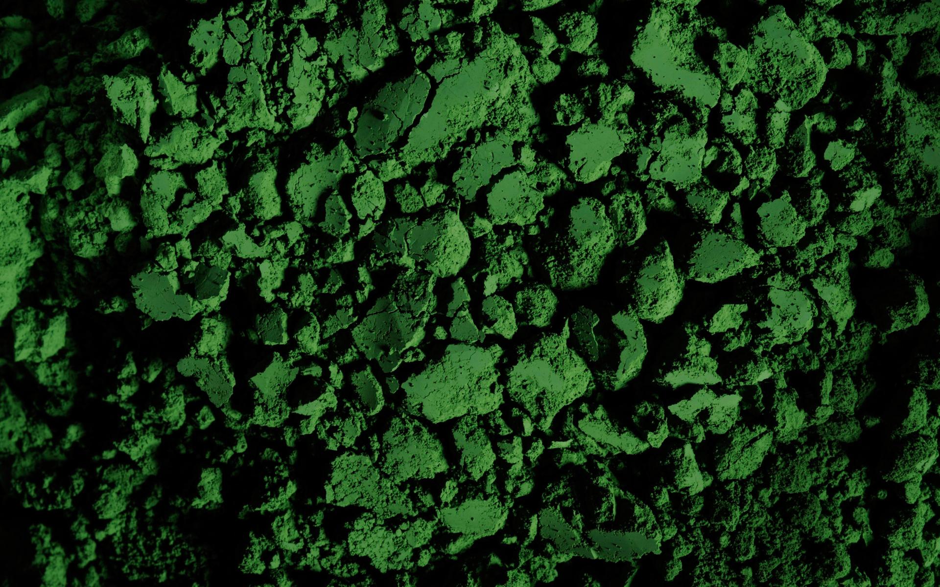 Polierpasten auf Chromoxid-Basis weisen einen grünen Farbton auf.